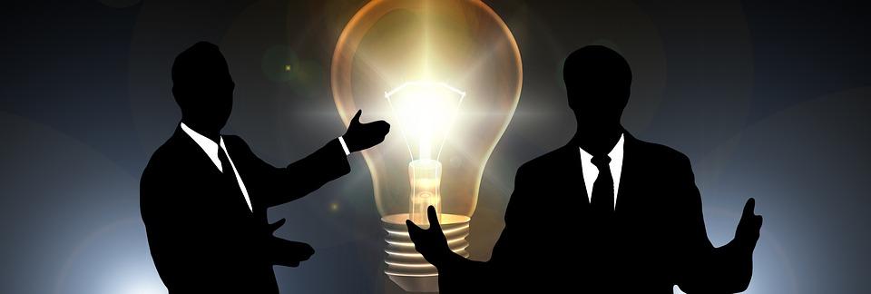 businessmen-2010020_960_720.jpg