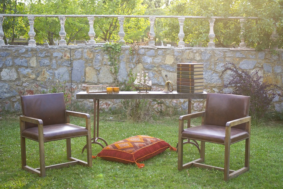furniture-2439970_960_720.jpg